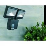 Battery Operated Battery PIR Dual Security Light by Smart Solar
